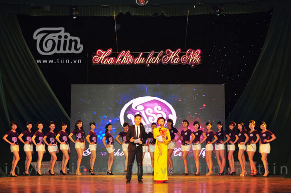 Nữ sinh ĐH Quốc tế Bắc Hà lọt vào chung kết cuộc thi hoa khôi du lịch - Miss Travel 2012.