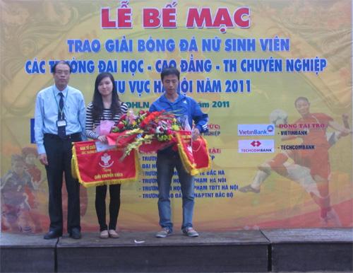 Giải bóng đá nữ sinh viên khu vực Hà Nội - Ấn tượng mang tên Đại học Quốc tế Bắc Hà
