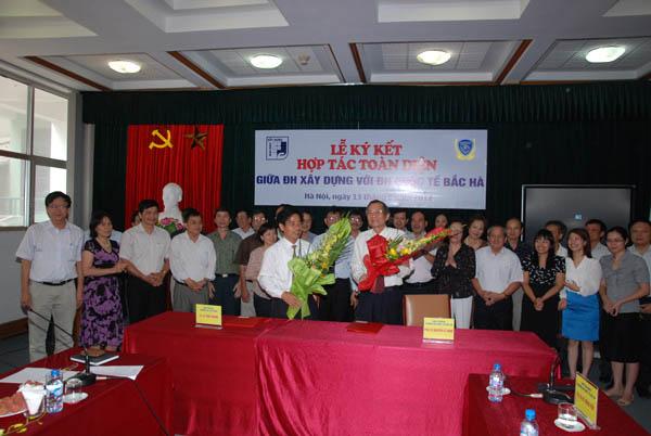 Lễ ký kết văn bản hợp tác toàn diện giữa Trường Đại học Xây Dựng và Trường Đại học Quốc tế Bắc Hà