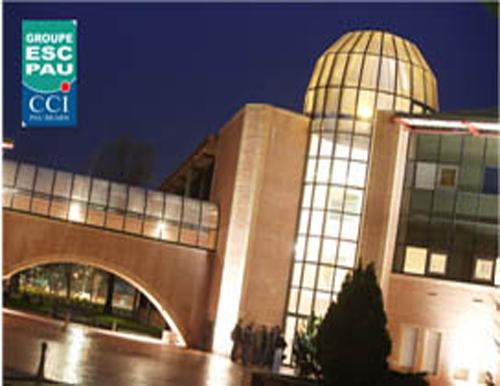 Sinh viên Trường Đại học Quốc tế Bắc Hà tỏa sáng tại ESC PAU - Cộng hòa Pháp