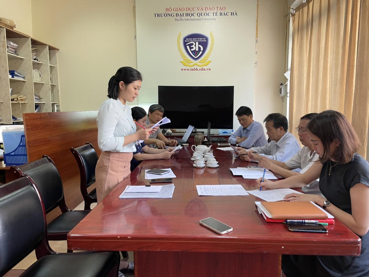 Thành lập hội đồng xét và đánh giá tốt nghiệp cho sinh viên K12