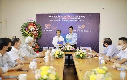 Lễ ký kết hợp tác giữa Trường Đại học Quốc ...